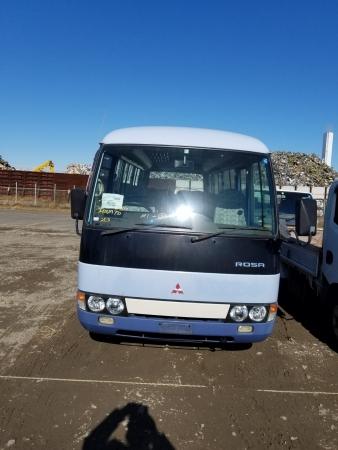 Mitsubishi Rosa 4M51 2000