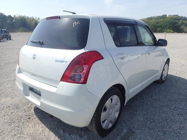 Suzuki Swift  G 2011