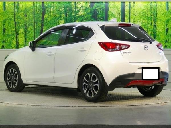 Mazda Demio XD Package 2017