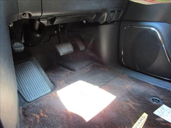 Toyota Alphard 240X Package 2014