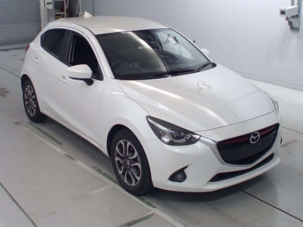 Mazda Demio XD Package 2016