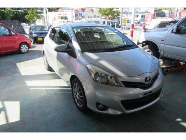 Toyota Vitz Vitz B S Edition 2011