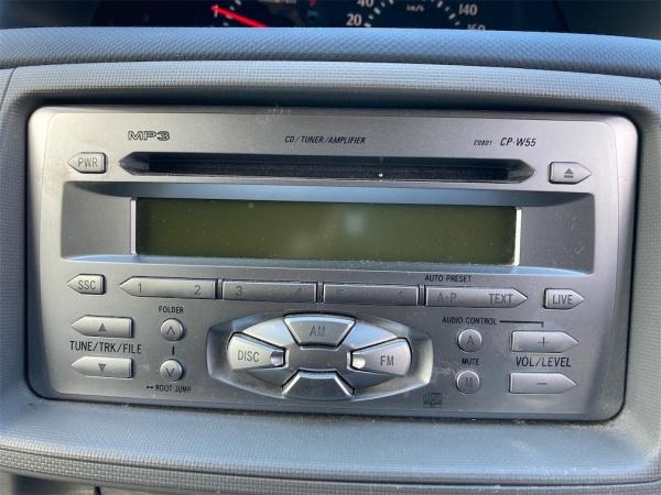 Toyota Sienta  X 2008