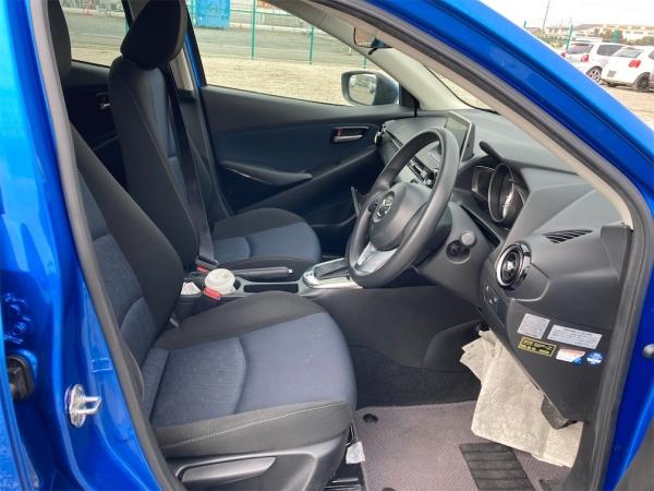 Mazda Demio 13S 2016