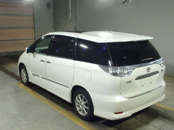 Toyota Estima G Leather - Package 2010