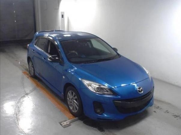Mazda Axela  15S Sports Edition 2013
